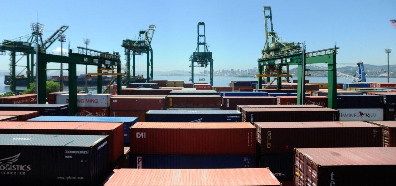 [Balança comercial tem déficit de US$ 1,152 bilhões na primeira semana de fevereiro]