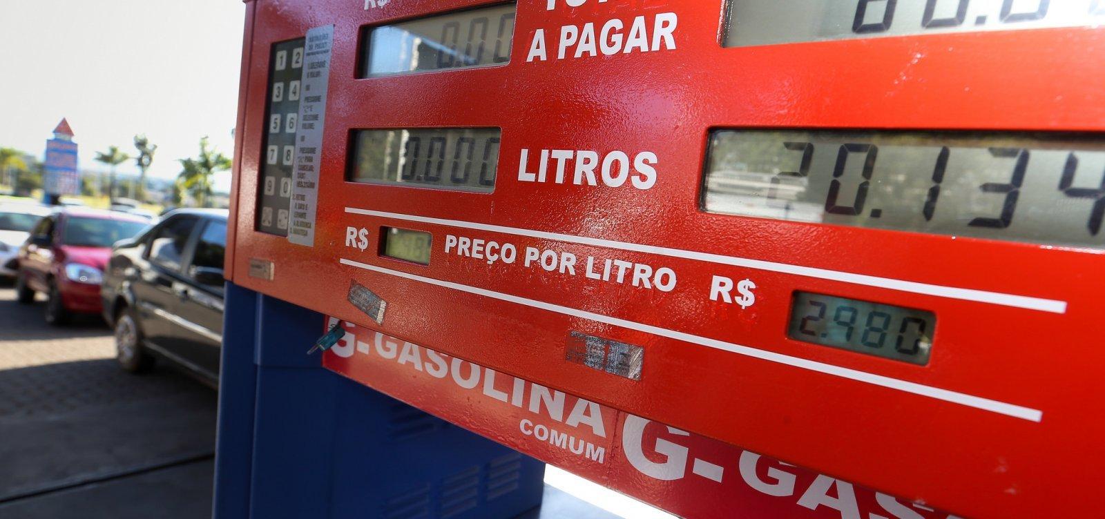 [Bolsonaro envia ao Congresso projeto que altera ICMS sobre combustíveis]