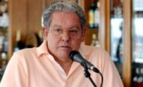 """[Dilma lamenta morte de Fernando Brant: """"Cantou nosso povo""""]"""