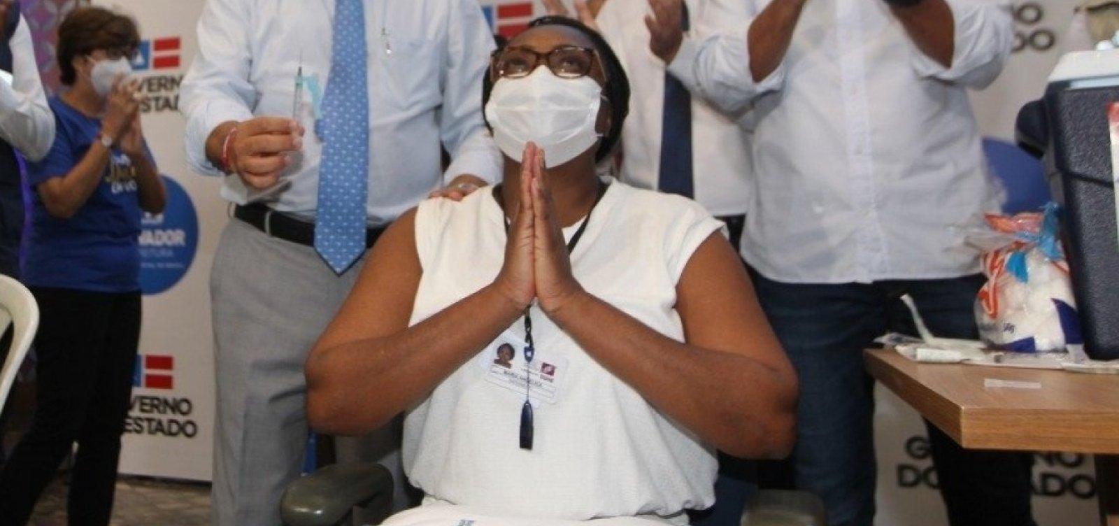 [Primeira vacinada contra Covid-19 na Bahia é diagnosticada com a doença antes de tomar segunda dose]