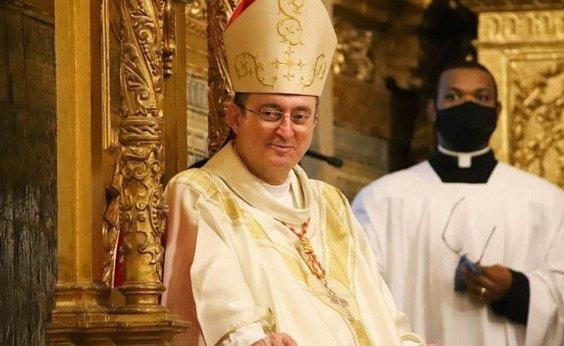 [Arcebispo de Salvador divulga determinações para atividades nas igrejas ]