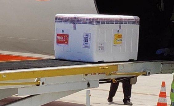 [Avião com quase 130 mil doses da vacina de Oxford desembarca em Salvador]