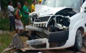 [Turista morre atropelada e namorado fica ferido em acidente em Porto Seguro]