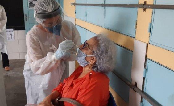 [Enfrentando pior momento da pandemia, Brasil completa um ano do primeiro caso confirmado da Covid-19]