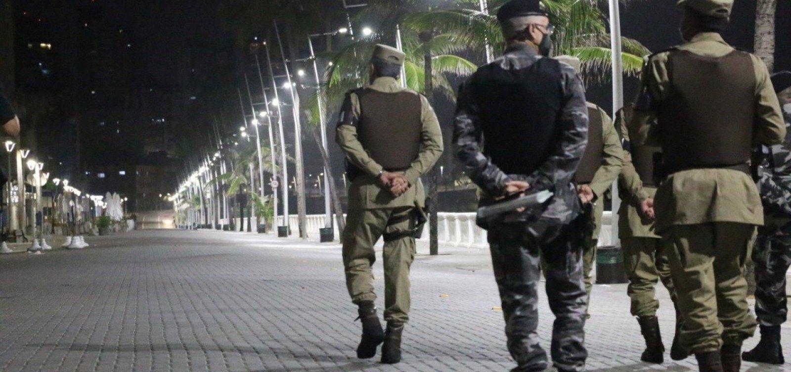 [Três pessoas são autuadas por desrespeito ao toque de recolher na Bahia]