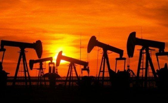 [Petrobras vende campos terrestres na Bahia por US$ 220 milhões]
