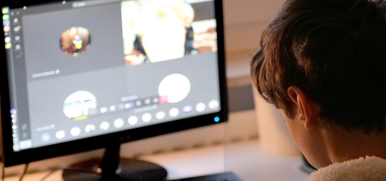[Hackers invadem aula remota e exibem vídeo pornô para alunos de colégio na Bahia]
