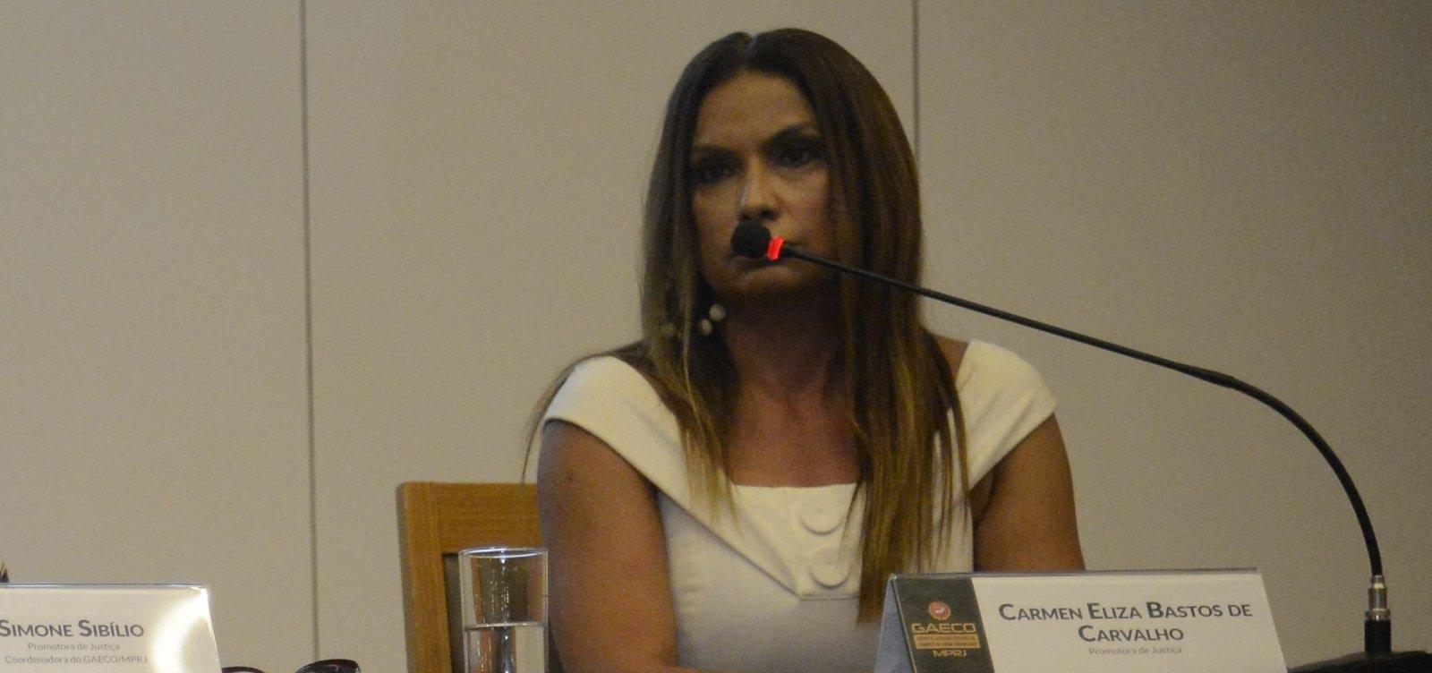 [Promotora bolsonarista é transferida para área responsável por investigações sobre Flávio Bolsonaro]