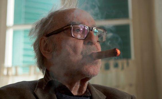 [Aos 90 anos, Jean-Luc Godard anuncia que vai dizer adeus ao cinema]