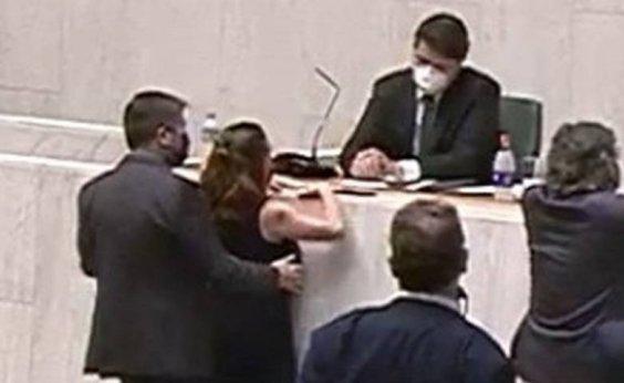 [Conselho de Ética da Alesp livra de punição mais dura o deputado Fernando Cury, acusado de assédio]