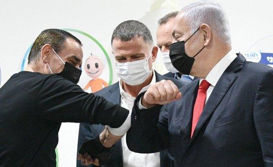 [Com mais da metade da população vacinada, Israel reabre restaurantes]