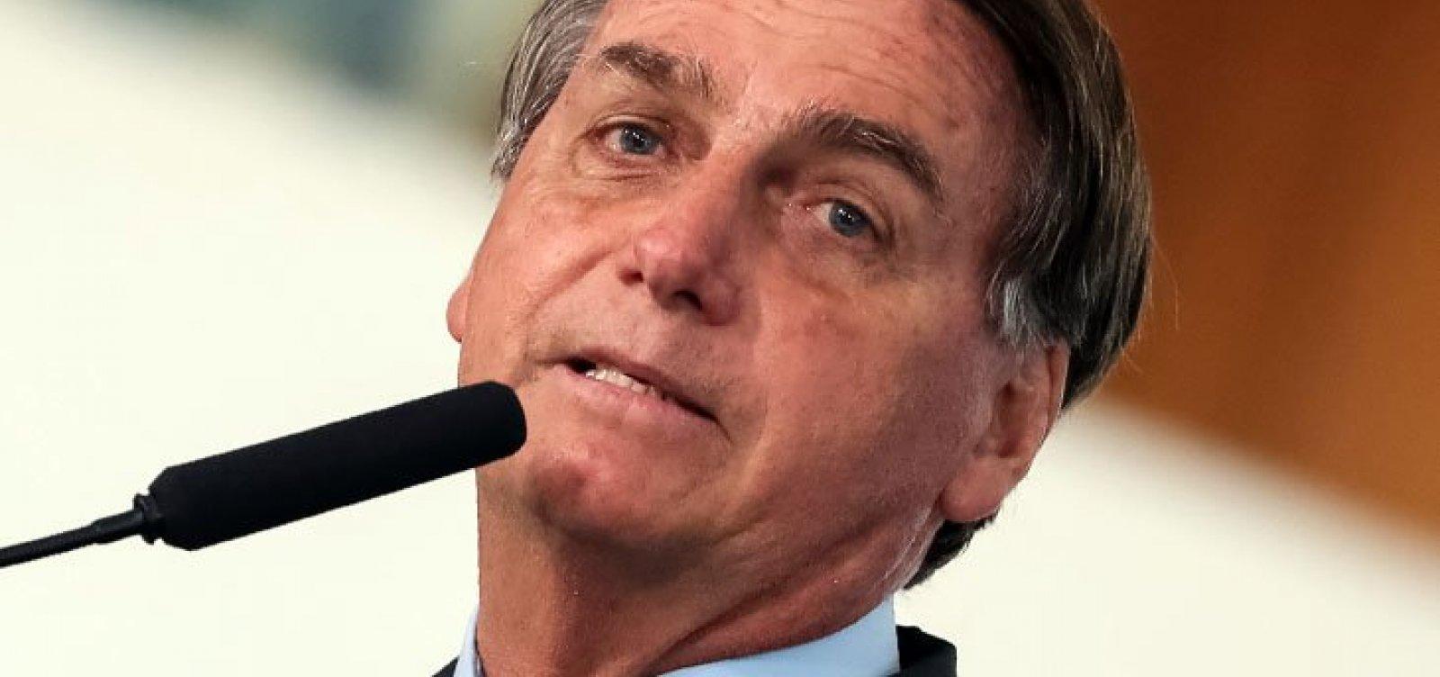 [Bolsonaro diz que medidas restritivas são