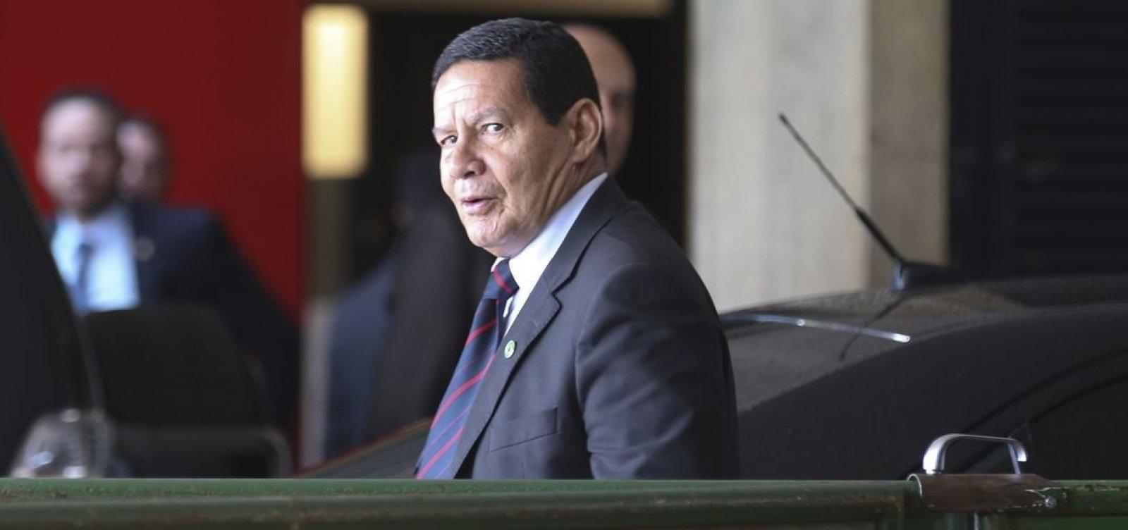 ['Ultrapassou o limite do bom senso', diz Mourão sobre número de mortes no Brasil ]