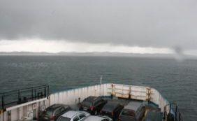[Chuva forte assusta usuários do ferryboat; Internacional nega problemas]
