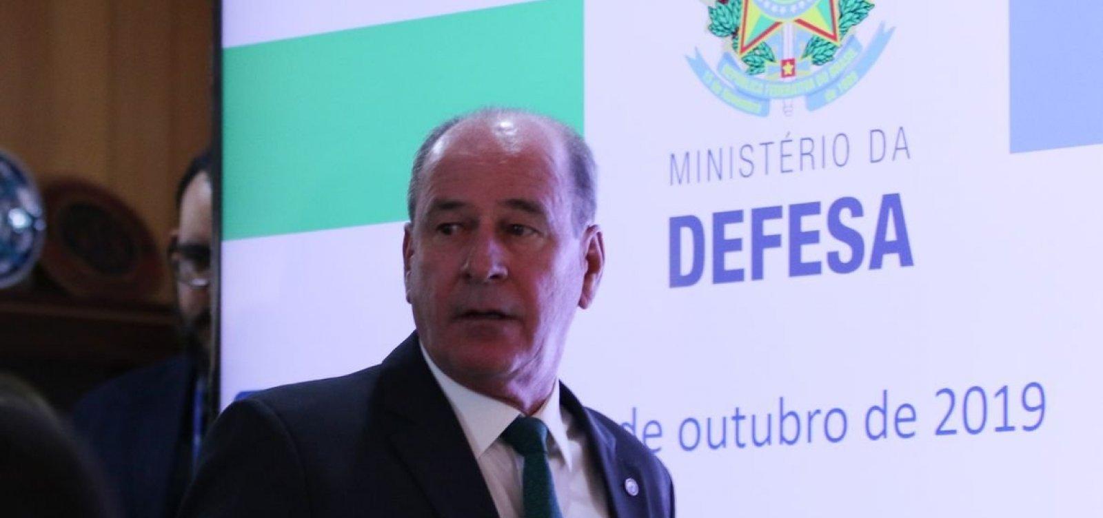 [Fernando Azevedo e Silva, ministro da Defesa, anuncia que deixa o cargo]
