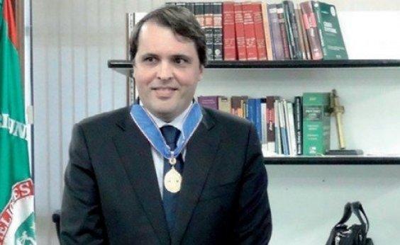 [Desembargador Roberto Maynard Frank é eleito presidente do TRE-BA]