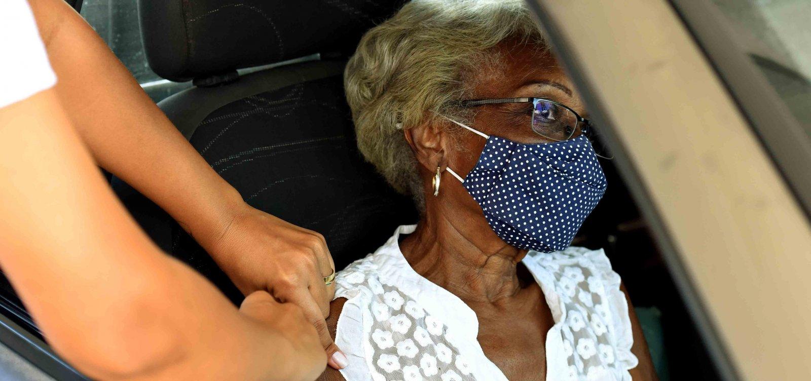 [Vacinação de idosos com 62 anos ou mais começa nesta segunda em Salvador; confira cronograma]