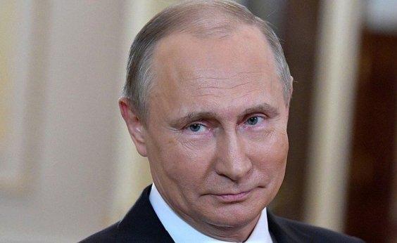 [Na Rússia, Vladimir Putin aprova lei que pode mantê-lo no poder até 2036]