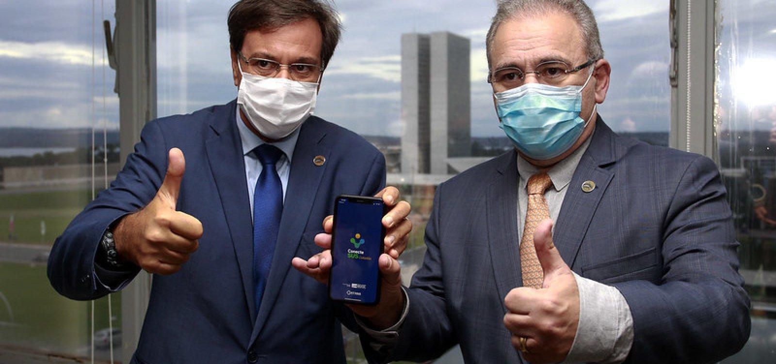 [MTur e Ministério da Saúde firmam parceria por Passaporte de Vacinação]