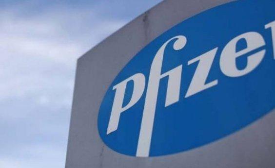 [Estudo aponta menor eficiência de vacina da Pfizer contra variante da África do Sul ]