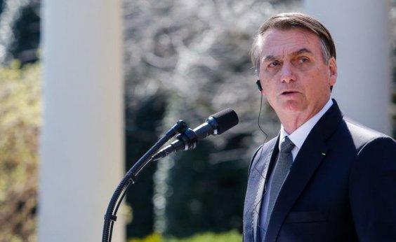 [Bolsonaro critica senador por gravação de conversa ]