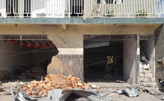 [Dez casas foram destruídas com explosão em Crisópolis, diz Defesa Civil]