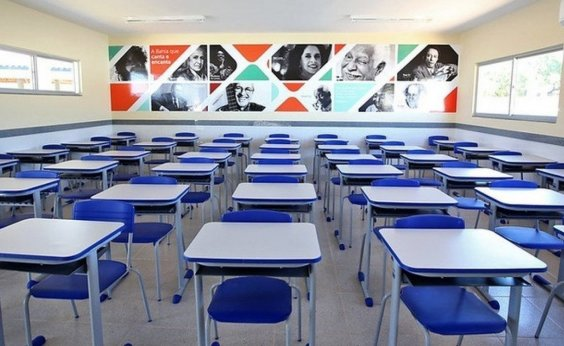 [Vacinação de trabalhadores da educação será iniciada no dia 26 de abril na Bahia, diz Leo Prates]