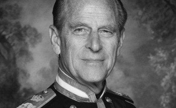 [Família Real realiza funeral do Príncipe Philip e cerimônia é transmitida pelo Youtube]