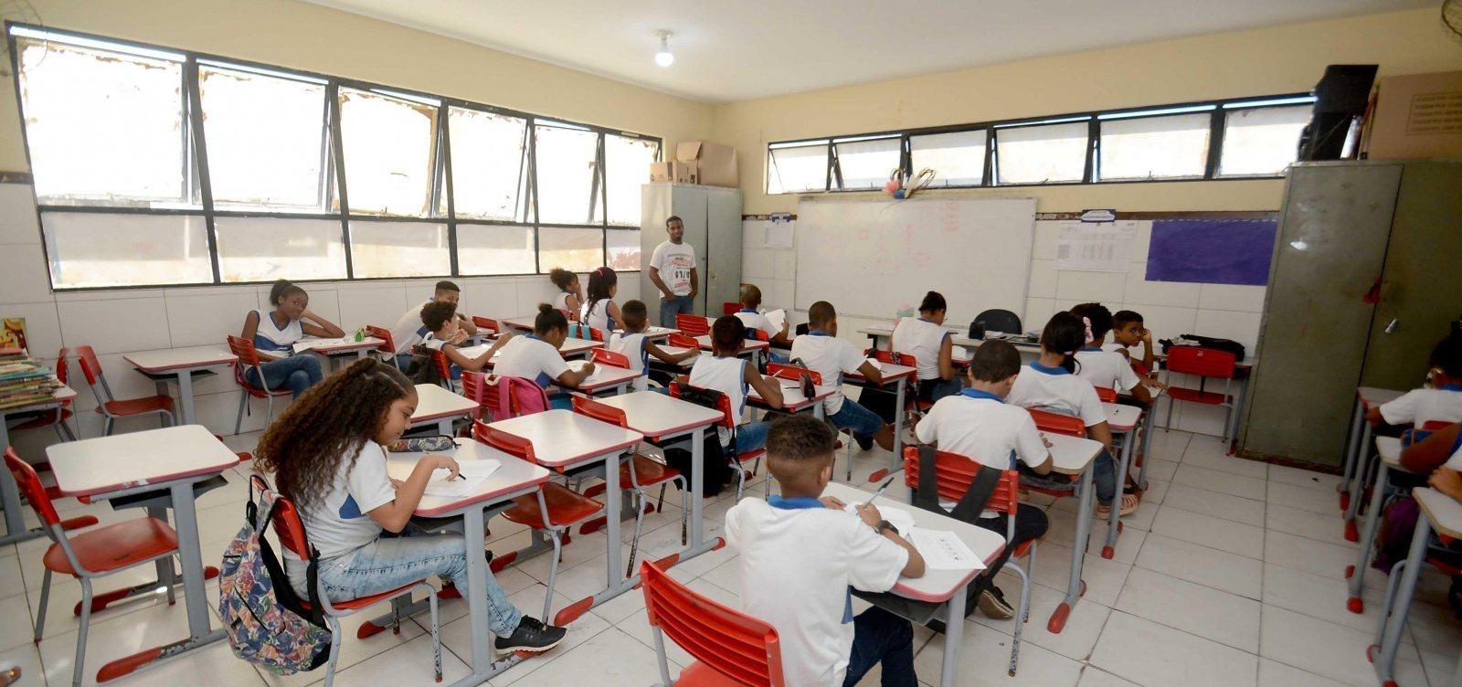 [Governo libera aulas semipresenciais em 19 cidades da Bahia]
