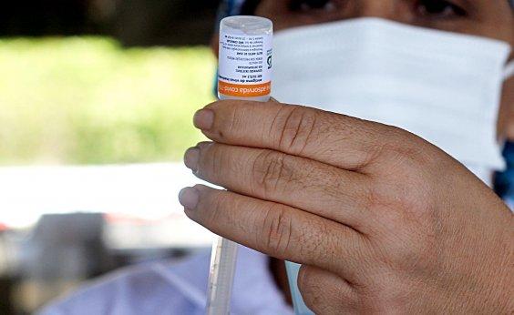 [Doulas criticam burocracia e dizem que documentos não evitam fraudes na vacinação]