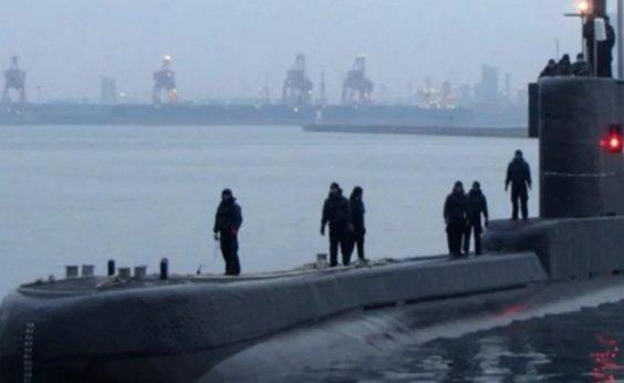 [Submarino com 53 tripulantes desaparece na Indonésia ]