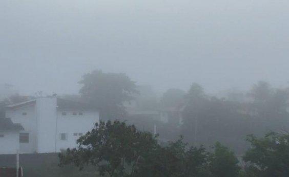 [Fenômeno que cobre toda Salvador não é neblina; entenda]
