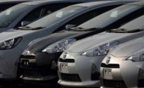 [Venda de carros novos cai 26,6% em 2015, apontam fabricantes]