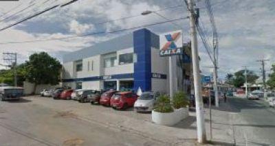 Funcionários da Caixa são feitos reféns após assalto em Lauro de Freitas