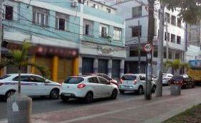 [Lojas fecham após protesto contra crime na Baixa dos Sapateiros]