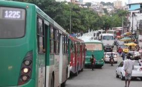 [Após acordo com empresários e PM, rodoviários desistem de greve]