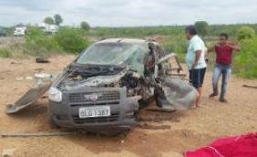 [Colisão entre dois veículos deixa médica de 59 anos morta na BR-116]