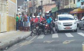 [Homem é morto por motociclista na Rua Thomaz Gonzaga, em Pernambués]