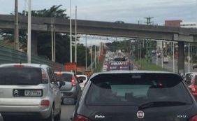 [Trânsito é complicado na região da Avenida Paralela; confira]