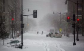 [Nevasca deixa ao menos dez mortos nos Estados Unidos]