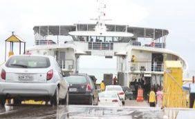 [Prancha apresenta defeito e passageiros relatam atraso em ferry de Bom Despacho]