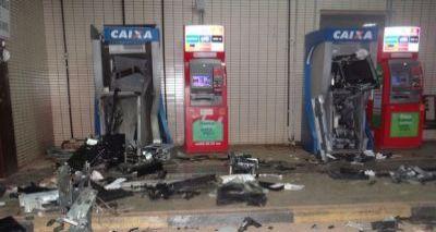 Grupo explode dois caixas eletrônicos na rodoviária de Barreiras