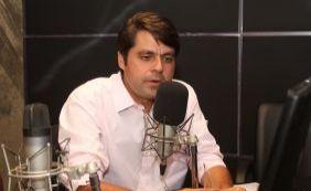 "[Paulo Câmara desconversa sobre vice de Neto: ""Segundo semestre""]"