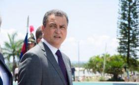 [Governador afirma que não recebeu nenhum pedido de demissão de Bacelar]