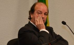 [Ex-diretor da Petrobras é condenado a 12 anos de prisão]