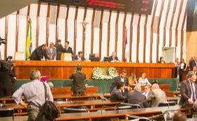 [Dez deputados baianos prolongam recesso e faltam primeira sessão do ano na Alba]