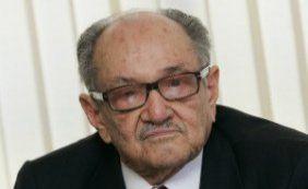 [Presidente de honra do PMDB, Paes de Andrade, morre aos 88 anos]