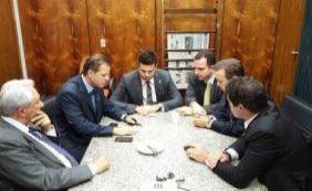 [Deputados mineiros se reúnem para discutir apoio a Picciani]