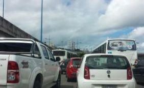 [Trânsito em Salvador testa a paciência dos motoristas nesta quarta]