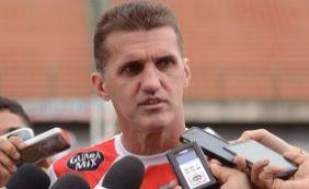 [Mancini lamenta apagão do Vitória após gol sofrido diante do Conquista]